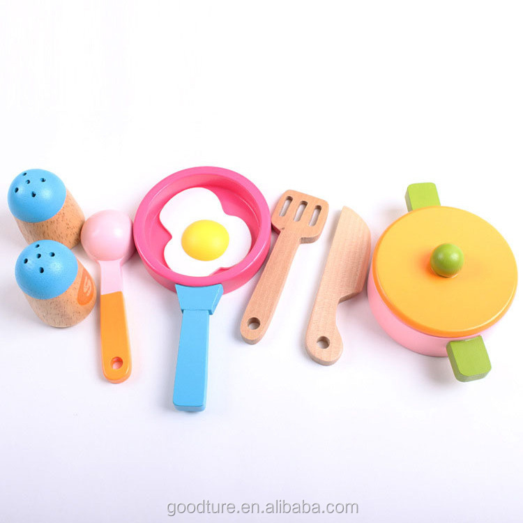 Customized Brand Accepted Small Kitchenette DIY Kitchen Toy Set Roly Playing Chef