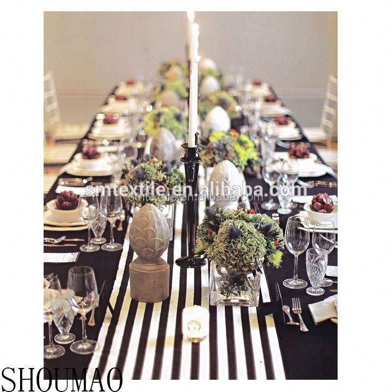 Decorative black and white table runner for round table