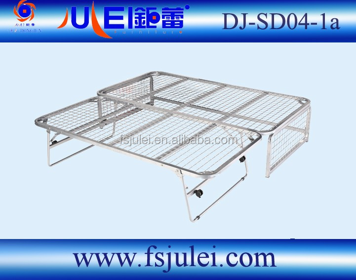 High Quality Transform Sofa Folding Metal Bed With Wheels