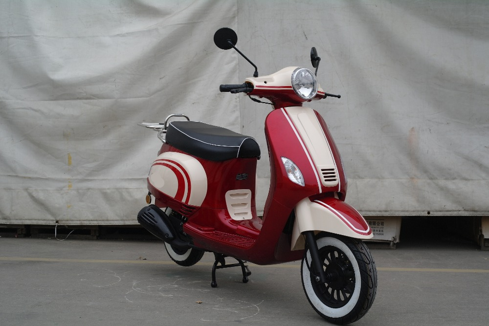 2017 Popular 50CC 125CC Adults Colorful Gas Scooter with Euro IV & EEC Approved ROME