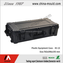 plastic gun case with handle for equipment with 2 chain wheel