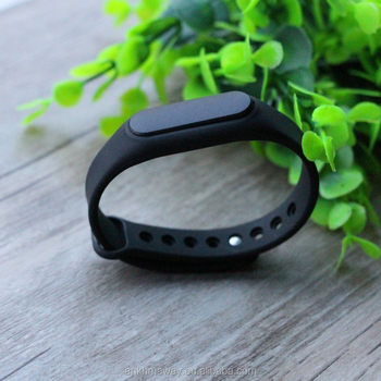 Rechargeable Battery Waterproof Bluetooth iBeacon Wristband With Accelerometer