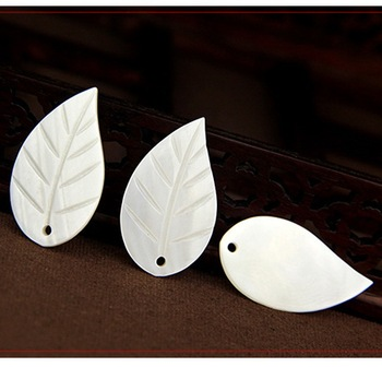 Shell leaf charm Pendant, Mother of Pearl Carved Pendant