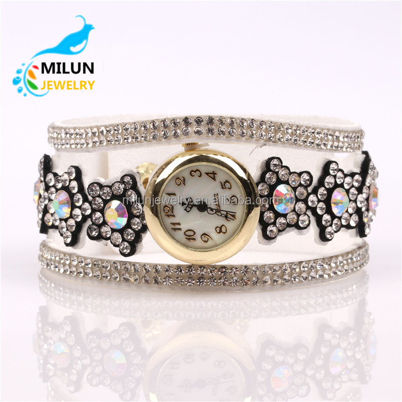 Ladies Fashion Fancy Bracelet Watch Long Strap Leather Alloy Chain Classic Women Watches
