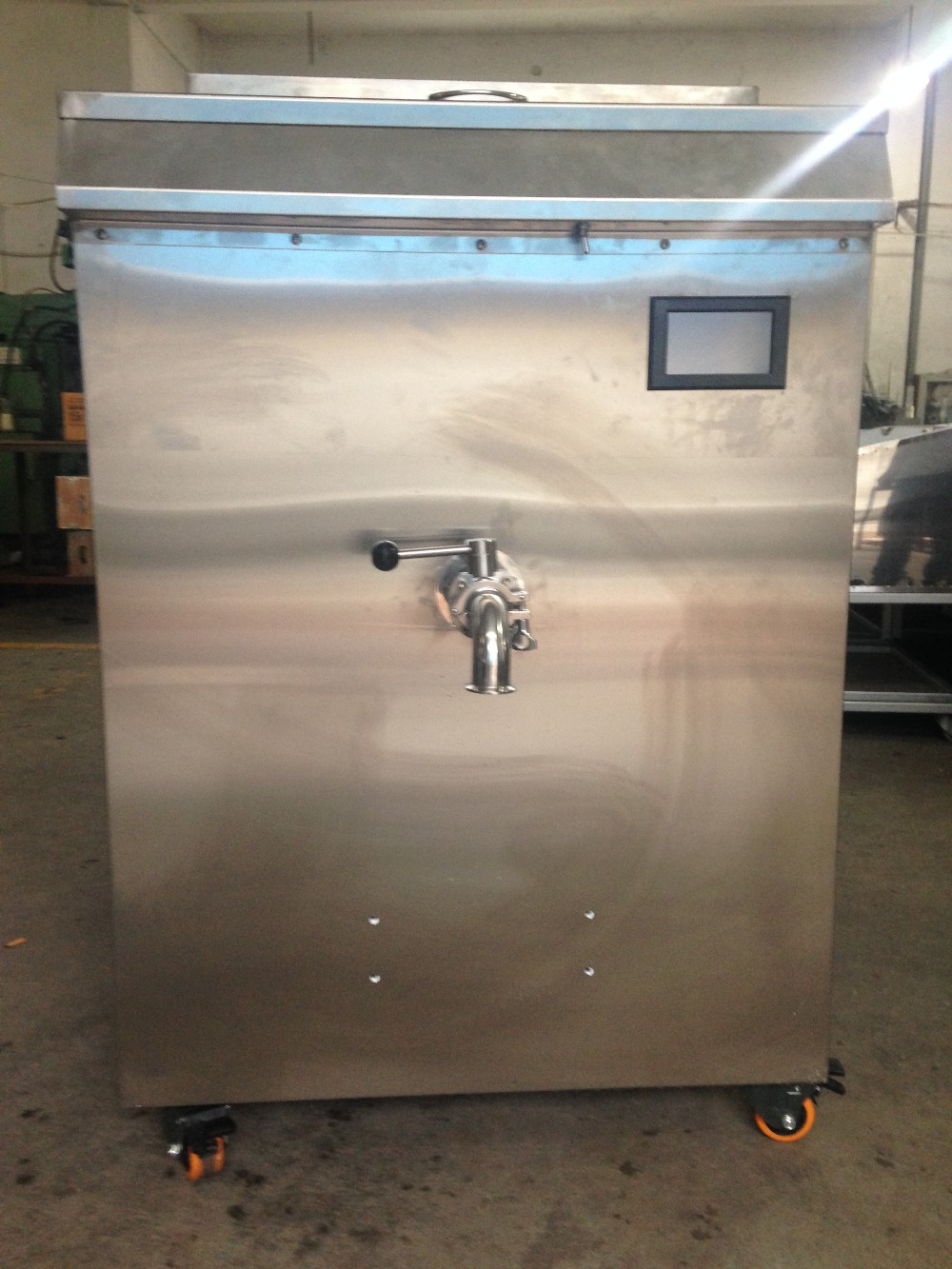 commercial batch pasteurizing machine for sale with big capacity ice tank
