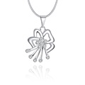 2017 New Design Silver Plated Necklace Flower Pendant Necklace Clear Crystal Necklaces Pendants Colares Fashion Women Jewelry