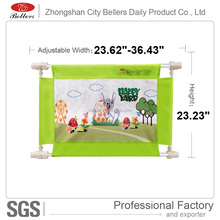 China Factory New Design Baby Safety Door Gate / Safety fence gate