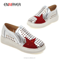 On sale laser sexangle hole print red star light PU upper comfort loafers flat casual shoes footwear with TPR outsole