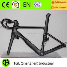2017 latest design aero chinese/ China 29er bicycle carbon fiber road bike frame with 2 year warranty