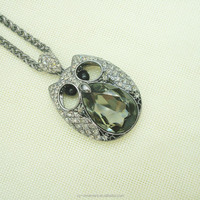 Beautiful women silver chain necklace with cartoon crystal hollowed owl pendant necklace &fashion costume chain necklace