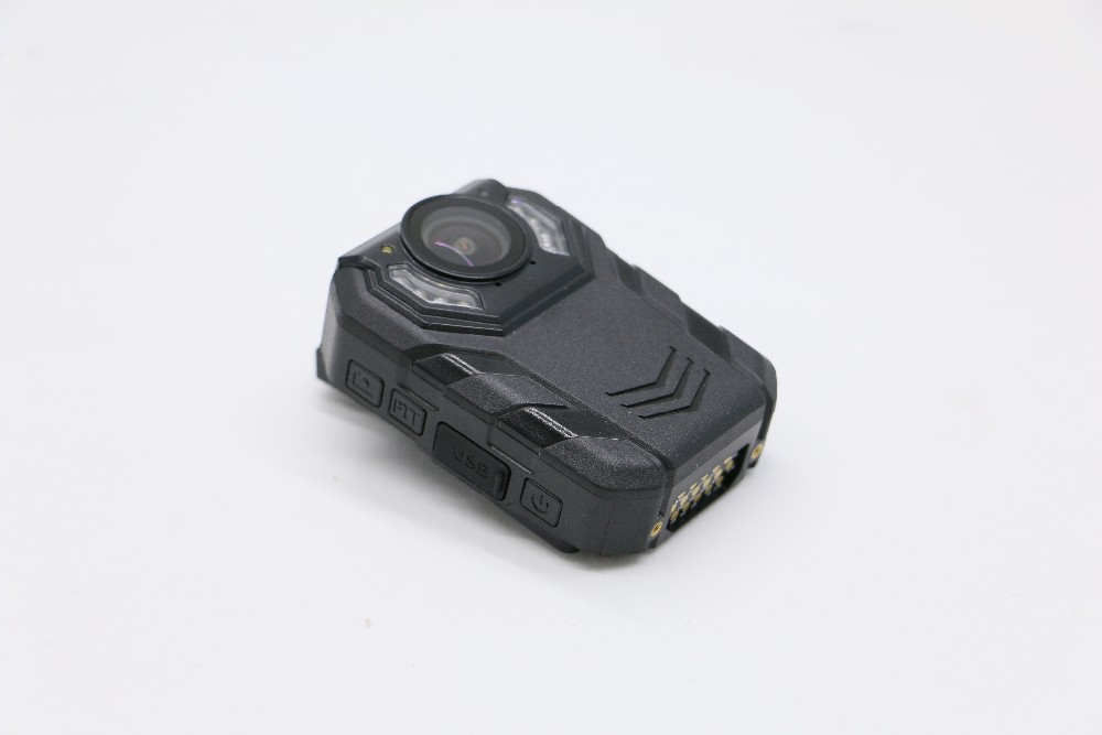 Portable wearable mini security body camera for goverment remote control GPS body camera
