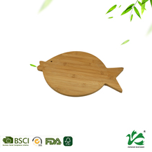 Animals shape lovely bamboo cutting board for kid