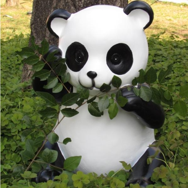 park decoration realistic panda large figure resin fantasy figures
