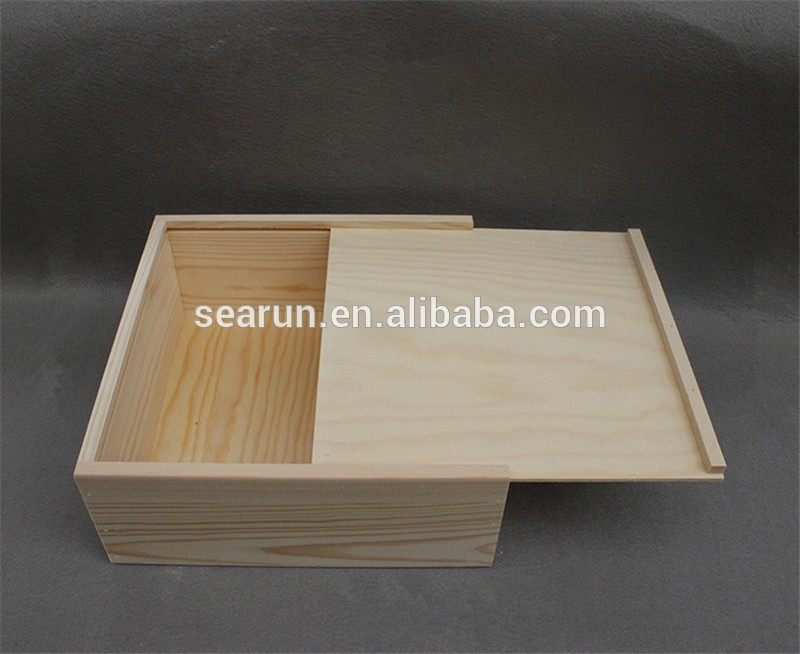 wooden box with sliding lid01