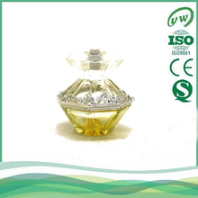 A2250-50ML customized glass perfume bottle surrounded by twisted vine