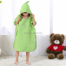 China supplier wholesale quick dry microfiber beach changing towel kids hooded poncho towel with custom logo