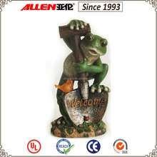 "14.6"" holding shovel frog gardener figurine, resin bird solar light with frog gardener"