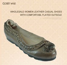 Wholesale Women leather casual shoes with snake design comfortable flated outsole