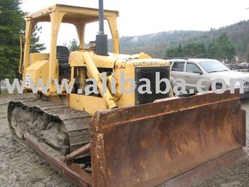 CAT BULLDOZER D5B