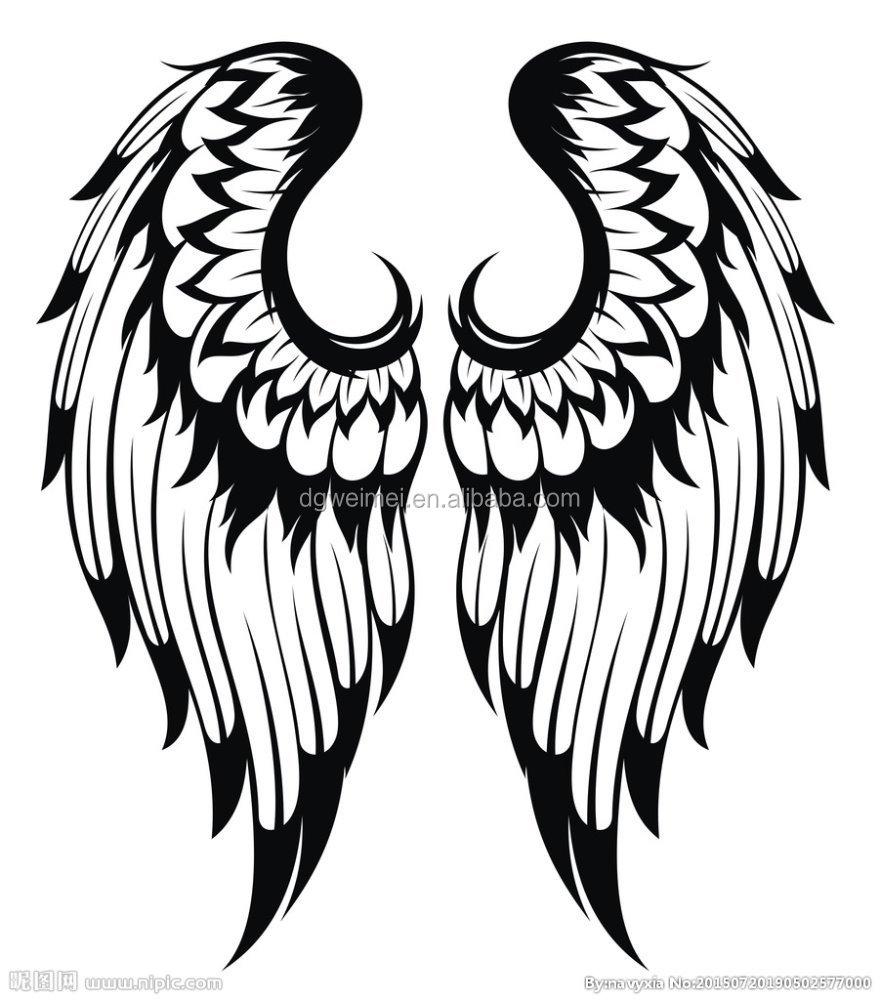 Тату крылья черно белое