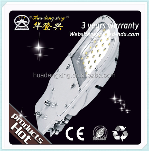 High Quality CE RoHs Customized Size waterproof 130w street led light solar energy system