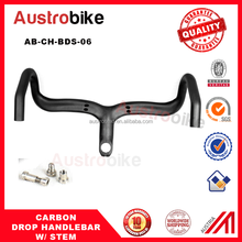 High quality bicycle integrated carbon road handlebar ,famous carbon road design in Austria Drop bar with stem