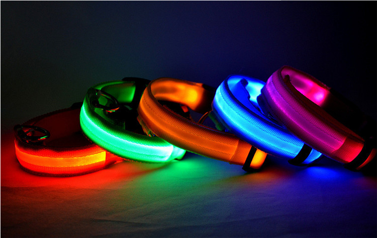 Nylon Pet LED Dog Collar Night Safety LED Flashing Glow LED Pet Supplies Dog Cat Collar Small Designer Products for Dogs Collars