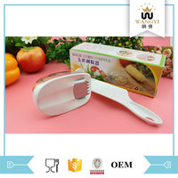 Consumer kitchen handle thresher magic corn stripper with plastic container