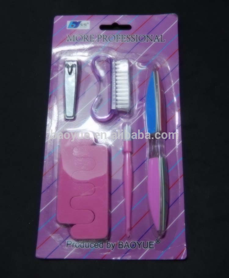 6 in 1 pedicure set into blister packaging, nail clipper, nail brush, 6 side nail file, cuticle nail pusher, seperators