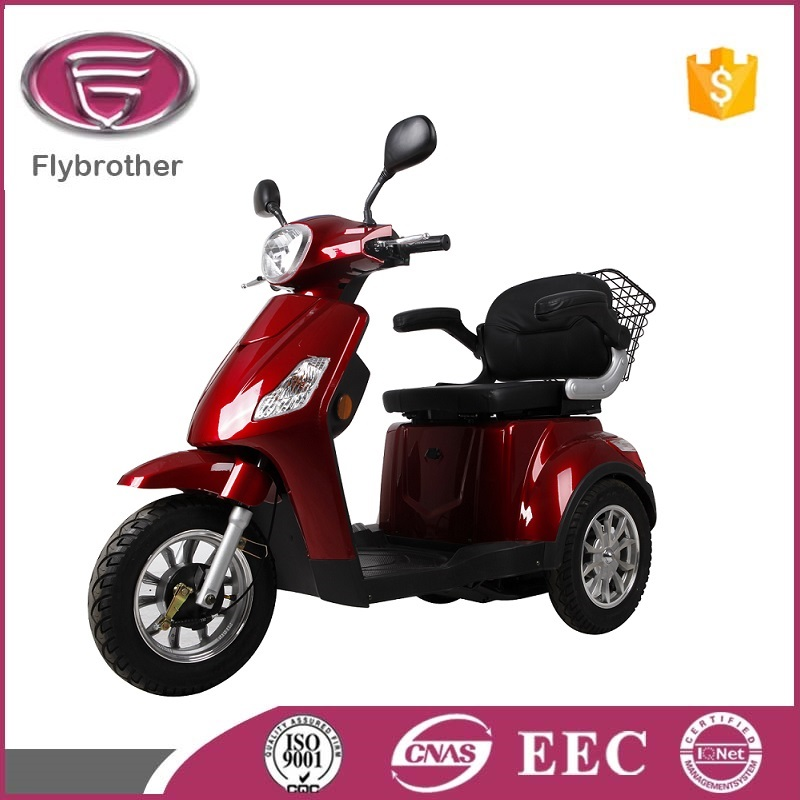 Brushless Motor 500W Adult three wheeled scooter