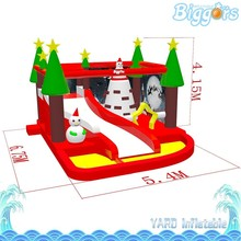 Christmas Theme Inflatable Playground Castle Bouncer with Slide and Tower for Party