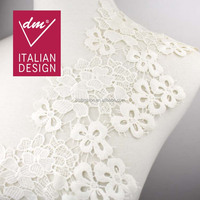 Fashion wholesale embroideried white flower water soluble lace trim