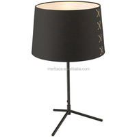 Modern Design Furniture Table Lamp metal Tripod Table Lamp Round Fabric Lampshade Uplight Desk Lamp