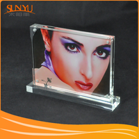 High Transparent Plexiglass Custom Picture Frame