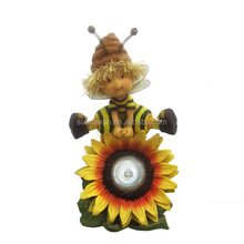 New Design Resin Bee Fairy Figure Holding Sunflower with Garden Solar Light