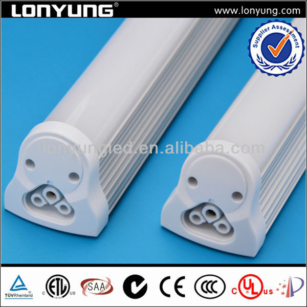 Isolated internal driver T8 fixed integrated light cool white t8 led snow tube light
