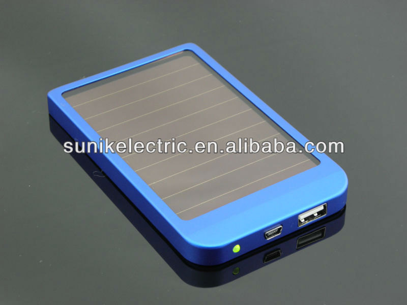 New product 2013 wholesale 5000mah battery packs for blackberry portable battery charger