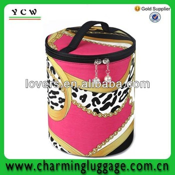 cute makeup bags/promotional polyester cosmetic bag