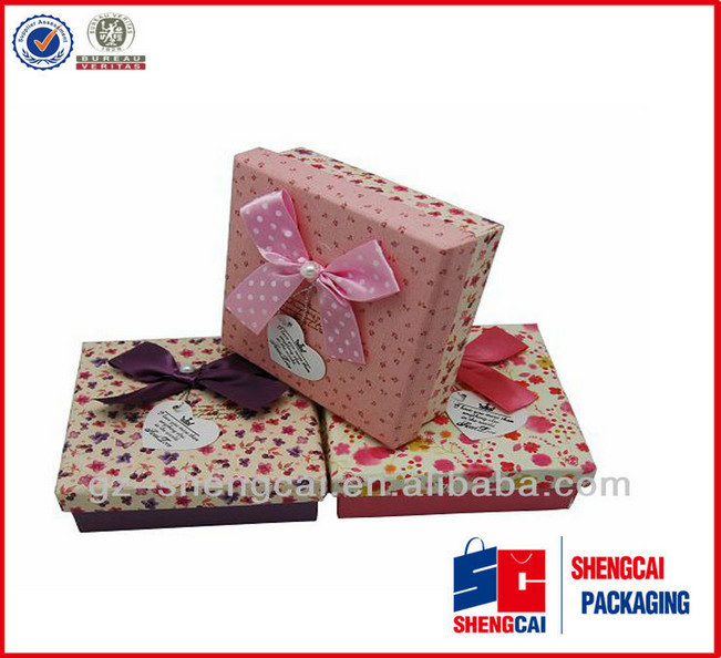 China supplier wholesale wedding favour box/wedding paper box /cute packaging wedding box