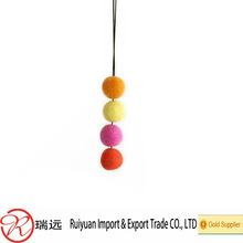 Factory direct High Quality 100% Wool Felt Ball for home decoration