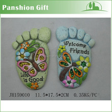 Decorative garden foot shape stepping stone