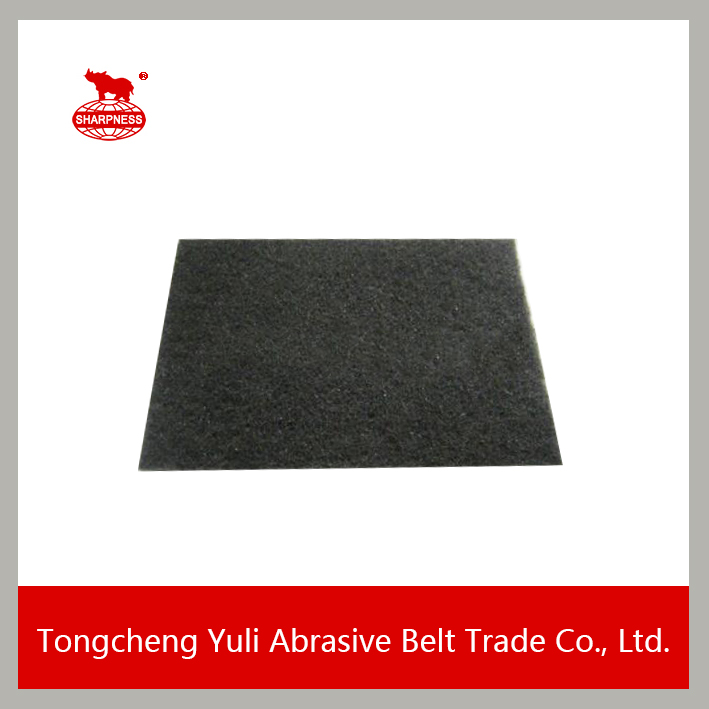 Black industrial abrasive scouring pad