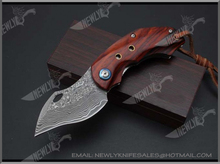 Damascus Steel VG10 Knife Blades Pocket Knife With Sandalwood Handle