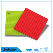 Durable round shape silicone pad mat heat press / honeycomb cup mat silicone coffee hot pot mat FDA / lfgb approved