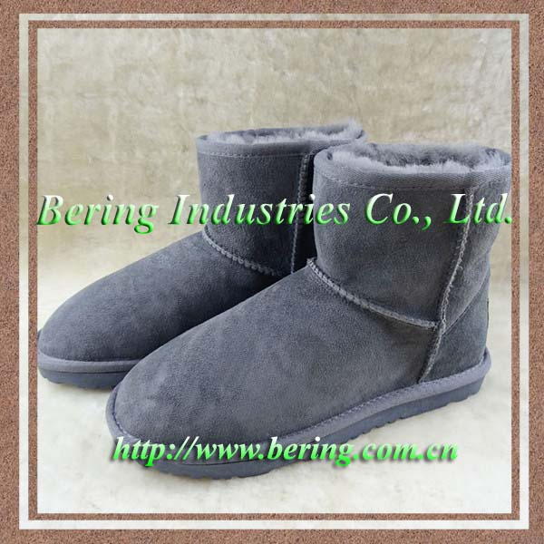 Wholesale Stock Australian Shearling Sheepskin Winter Boots classical Women's Ankles Snow Boots