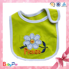 2014 Hot Sale 100%Cotton Plain Baby Bib With Embroidery