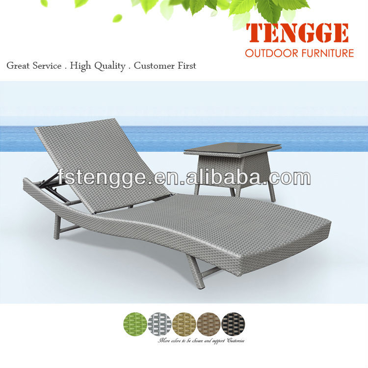 Rattan chaise lounge 109015