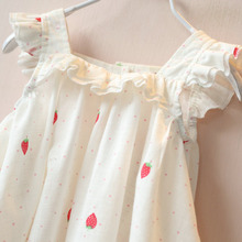 ZH0645J High quality lovely girl sleeveless cotton strawberry printing good baby dress