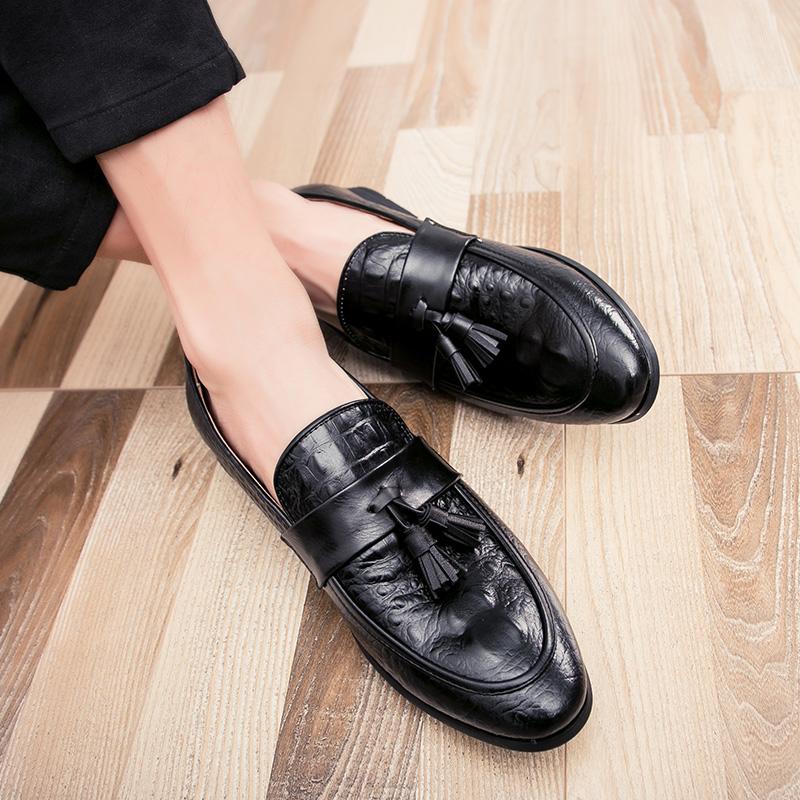 men winter italian fashion snake skin brogue leather oxford tassel slip on pointed toe shoes designer male formal cool footwear  (14)