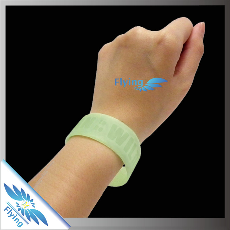 Colorfilled glow in dark Silicone Wristband Gift